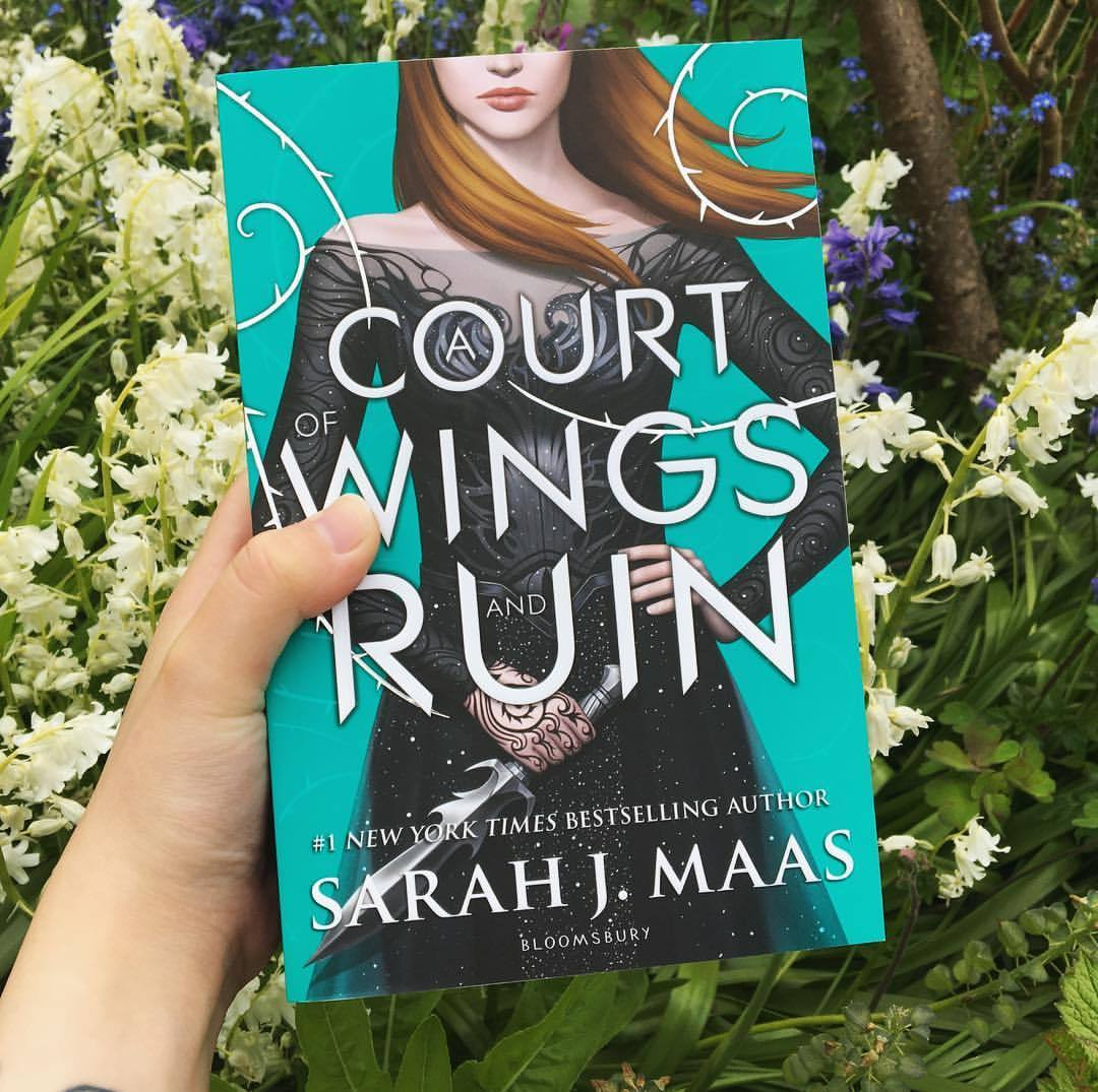 a court of thorns and roses book series sarah j maas