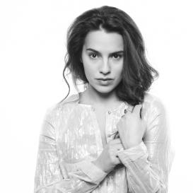 Kettlemag, Entertainment, Melia Kreiling
