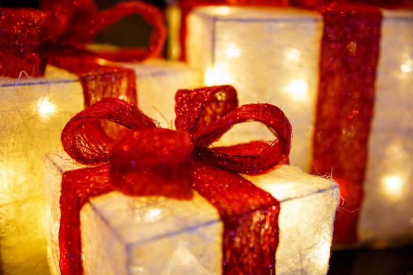 illuminated-christmas-presents.jpg