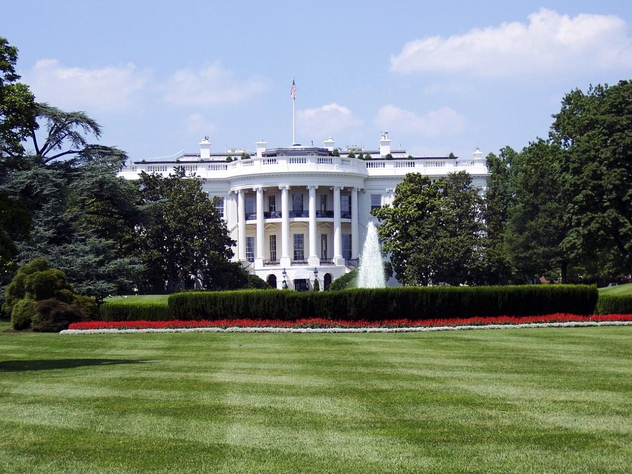 white house, kettle mag,
