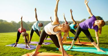 outdoor-yoga-fitness.jpg