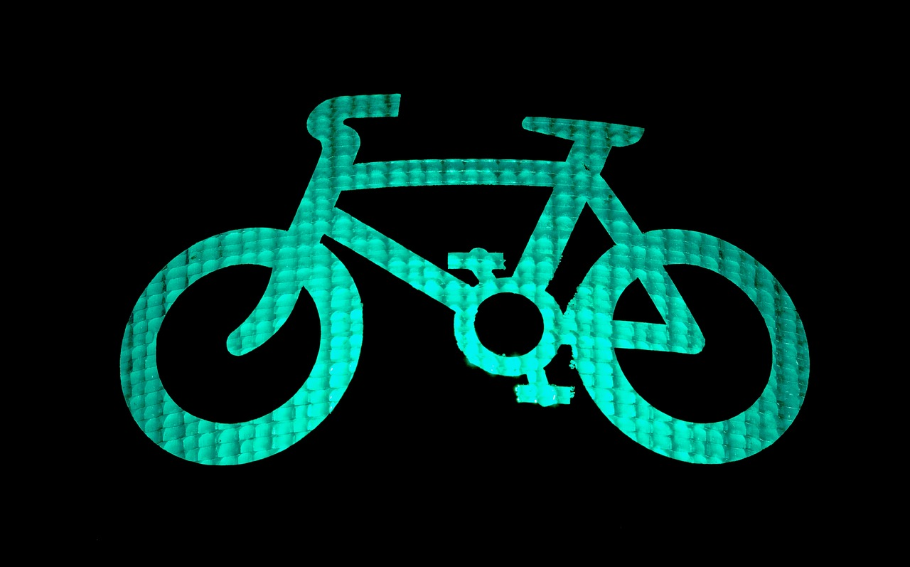 green cycle light, kettle mag
