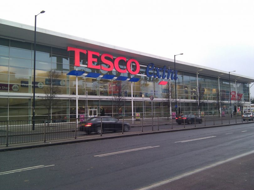 Tesco cuts 15000 jobs